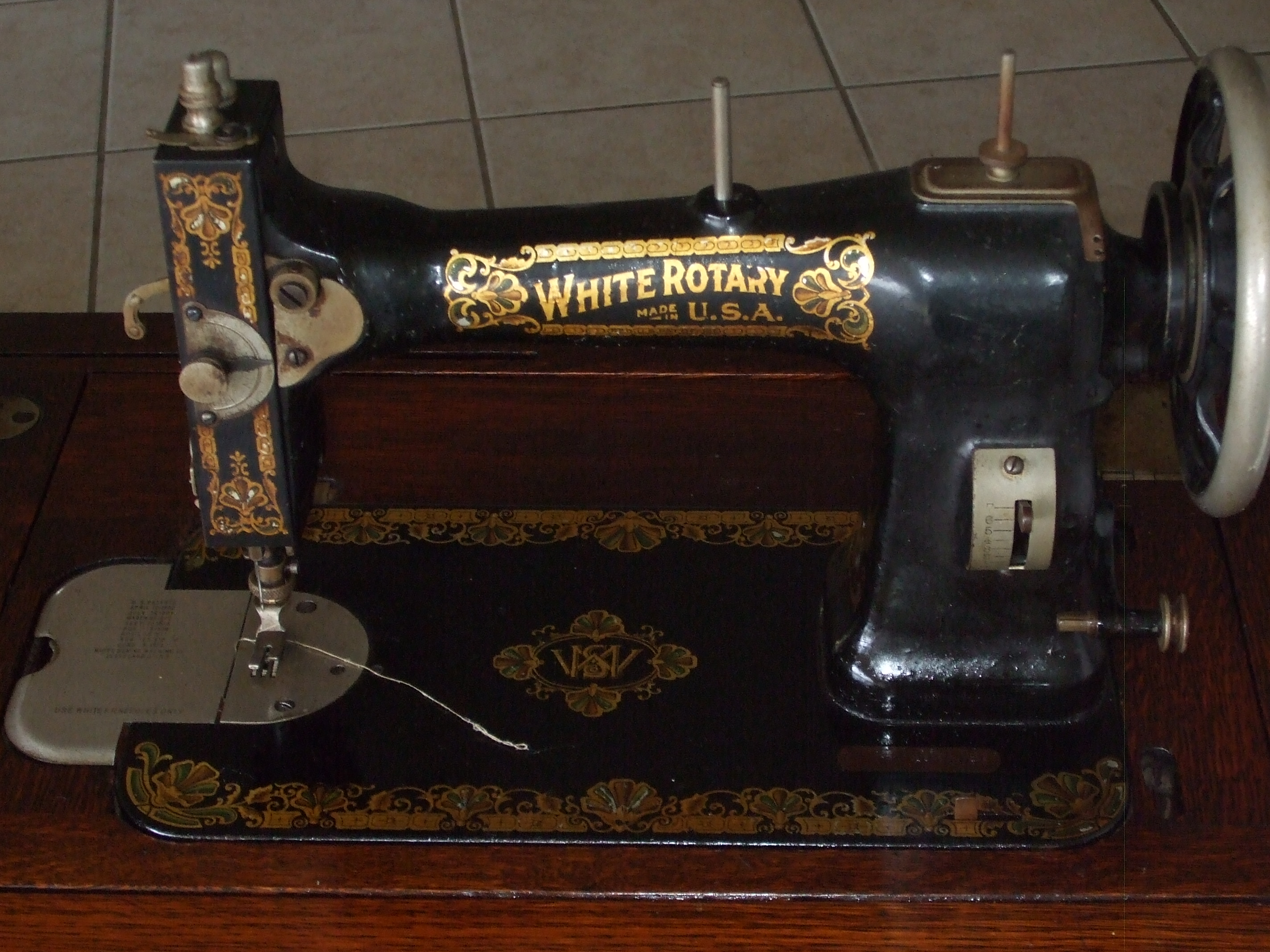 dating white rotary sewing machines Explore sue lester's board white rotary treadle sewing machine on pinterest 1911 white rotary sewing machine dating an old sewing machine.